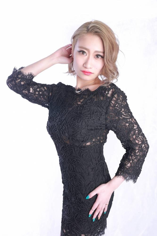 のカバーガールグラビア Lune LYNX SARINA氏() 6枚目
