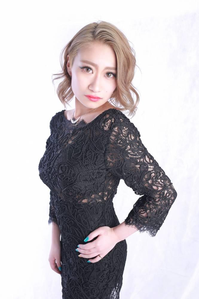 のカバーガールグラビア Lune LYNX SARINA氏() 2枚目