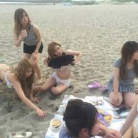 新潟駅前キャバクラ 「夏本場!海と白い太陽とBBQ」5枚目