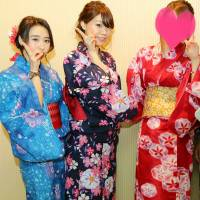 新潟市東区ガールズバー 「浴衣を着て...待ってます♪」3枚目