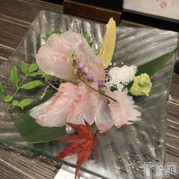 古町ガールズバーchou chou(シュシュ) マナミの11月30日写メブログ「おさしみー♡」