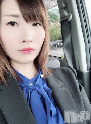 とうか(25) 身長156cm。新潟駅前ガールズバー Girls Bar Bacchus新潟駅前店(バッカスエキマエテン)在籍。