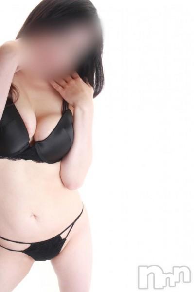 ゆな◆巨乳女性(30)のプロフィール写真3枚目。身長163cm、スリーサイズB90(F).W62.H87。長岡デリヘル長岡デリヘル vision(ナガオカデリヘルヴィジョン)在籍。