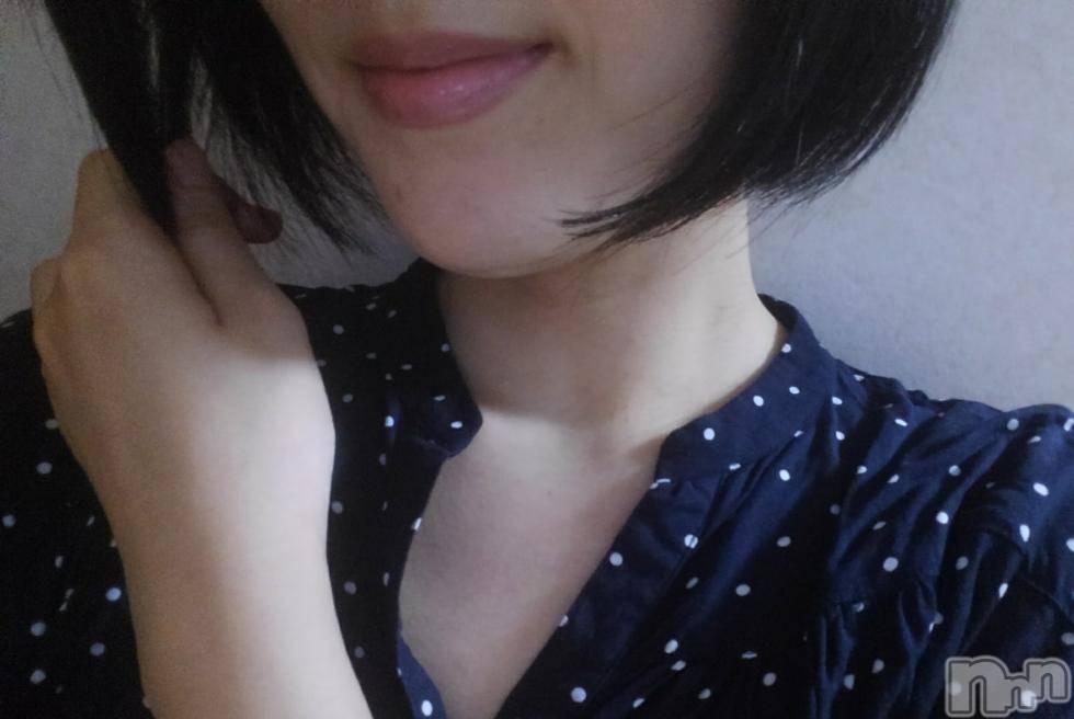 長岡人妻デリヘル人妻フェニックス(ヒトヅマフェニックス) 松島せいな(31)の10月15日写メブログ「黒髪♪」