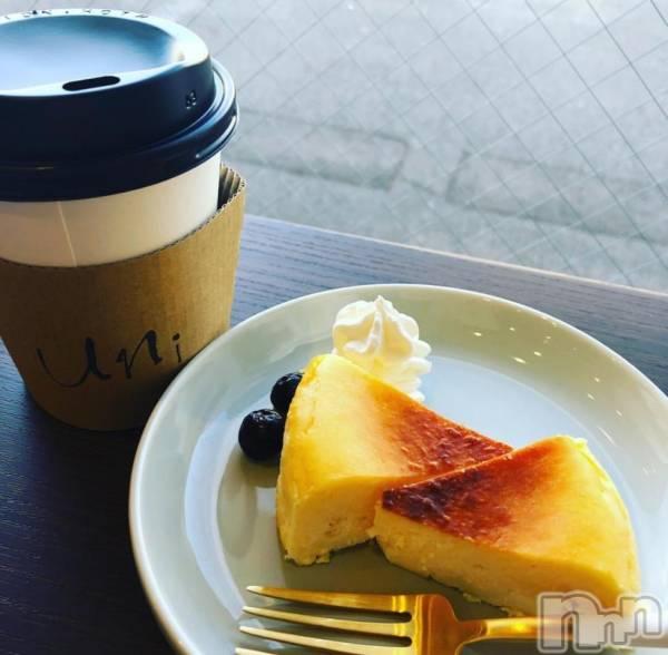 袋町キャバクラクラブ プラチナ 上田(クラブ プラチナ ウエダ) 和泉 みずきの1月30日写メブログ「ずっと食べてると甘いんだよなあ~」