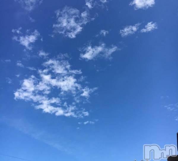 袋町キャバクラクラブ プラチナ 上田(クラブ プラチナ ウエダ) 和泉 みずきの7月25日写メブログ「無風辛い」
