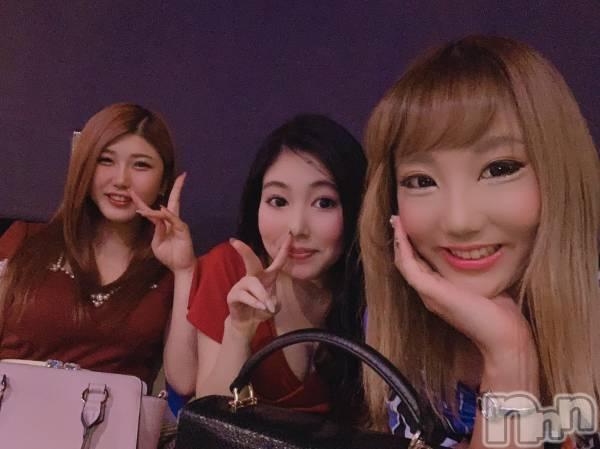 袋町キャバクラクラブ プラチナ 上田(クラブ プラチナ ウエダ) 和泉 みずきの11月9日写メブログ「3人揃います」