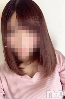 体験姫【めい】(20) 身長156cm、スリーサイズB84(C).W57.H85。 スイートパレス在籍。