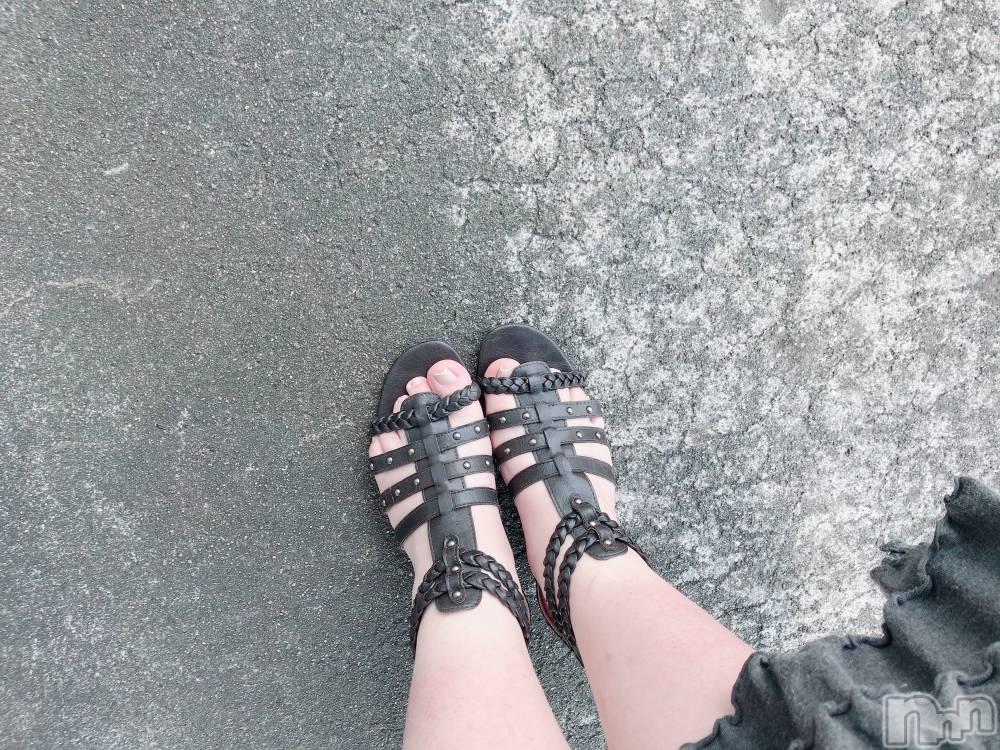 長岡デリヘルChou-Chou(シュシュ) 【妹】ちか(18)の5月16日写メブログ「暑い~()´д`()」
