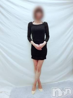 新人葉山りょうこ(35) 身長167cm、スリーサイズB82(B).W57.H84。上越人妻デリヘル 愛妻(ラブツマ)在籍。