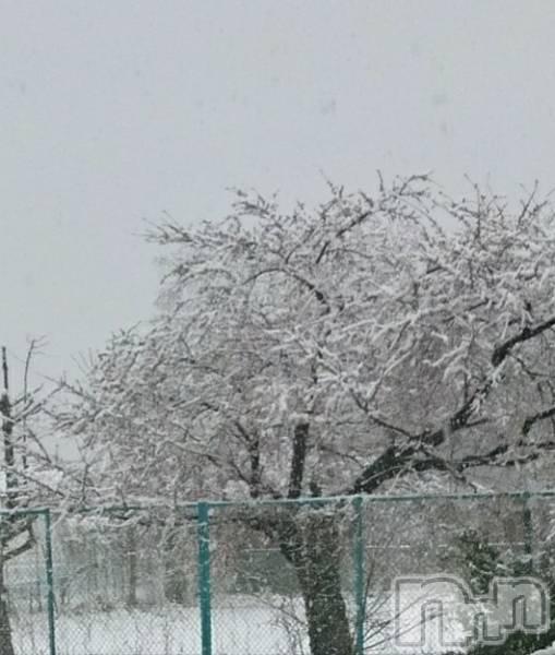 伊那キャバクラAzur Cafe(アジュールカフェ) の2019年4月10日写メブログ「えっ!!雪??」
