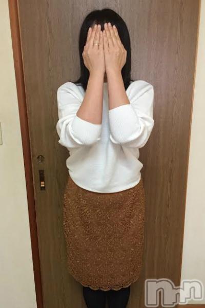 体験★みゆき奥様(37)のプロフィール写真1枚目。身長164cm、スリーサイズB87(E).W60.H88。新潟人妻デリヘル2nd Wife(セカンドワイフ)在籍。