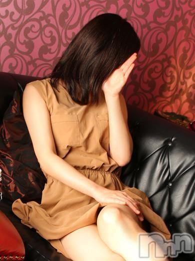愛(41)のプロフィール写真1枚目。身長160cm、スリーサイズB86(D).W57.H84。長野人妻デリヘル完熟マダム(カンジュクマダム)在籍。