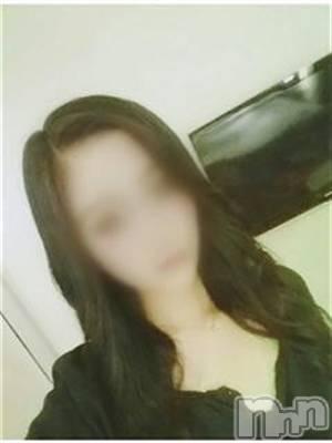りこ☆☆☆(20) 身長163cm、スリーサイズB88(E).W59.H86。 Apricot Girl在籍。