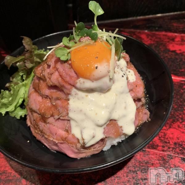 新潟秋葉区ガールズバーCafe&Bar Place(カフェアンドバープレイス) みらいの6月11日写メブログ「お肉お肉」