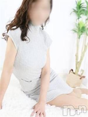 ◆瞳-ひとみ-◆(46) 身長158cm、スリーサイズB84(B).W59.H86。上田人妻デリヘル BIBLE~奥様の性書~(バイブル~オクサマノセイショ~)在籍。