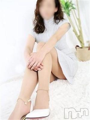 ◆瞳-ひとみ-◆(46)のプロフィール写真3枚目。身長158cm、スリーサイズB84(B).W59.H86。上田人妻デリヘルBIBLE~奥様の性書~(バイブル~オクサマノセイショ~)在籍。