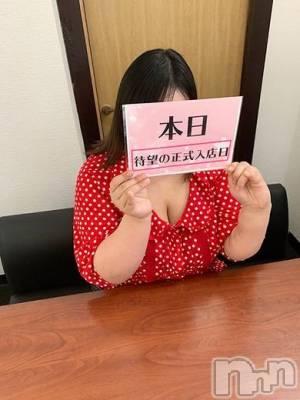 ぱふ(24) 身長147cm、スリーサイズB110(G以上).W100.H110。 ぽっちゃりチャンネル新潟店在籍。