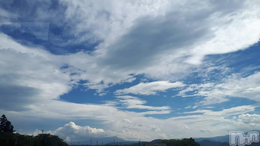 上田人妻デリヘルBIBLE~奥様の性書~(バイブル~オクサマノセイショ~) ◆リノ◆(44)の9月2日写メブログ「青空の下で(笑)」