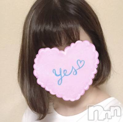 いろはちゃん(21) 身長155cm、スリーサイズB88(E).W57.H86。新潟手コキ sleepy girl在籍。