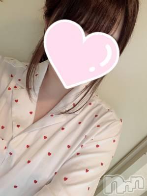 ゆあちゃん(19) 身長156cm、スリーサイズB85(D).W54.H83。新潟手コキ sleepy girl在籍。