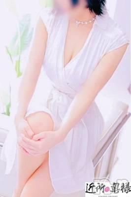 みほ★敏感若妻(24) 身長155cm、スリーサイズB87(E).W57.H84。新潟人妻デリヘル 近所の奥様(キンジョノオクサマ)在籍。