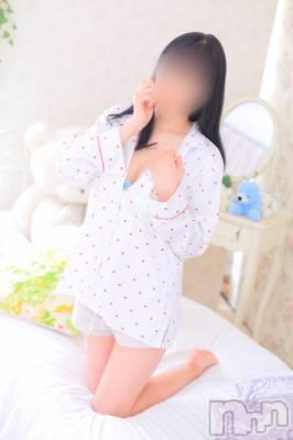新人ひとみちゃん(21) 身長155cm、スリーサイズB85(D).W55.H84。新潟手コキ sleepy girl在籍。