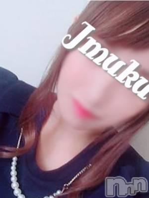 【新人】かなで(18) 身長157cm、スリーサイズB89(F).W57.H84。長岡デリヘル 純・無垢(ジュンムク)在籍。