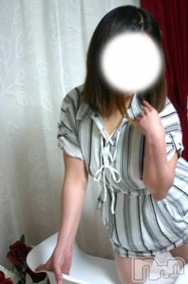 くれは(34) 身長155cm、スリーサイズB92(F).W60.H89。 松本人妻援護会在籍。