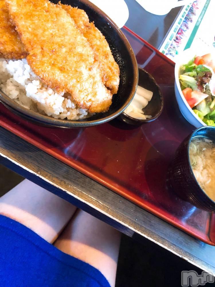 新潟ソープ-2nd- PENT(セカンドペント) さゆりさん(31)の10月19日写メブログ「食欲の秋、ふわもこの秋。」