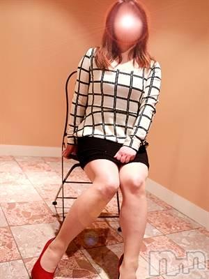 和美お姉さん(42) 身長157cm、スリーサイズB93(D).W78.H97。松本ぽっちゃり ぽっちゃりお姉さん専門 ポチャ女子(ポッチャリオネエサンセンモンポチャジョシ)在籍。