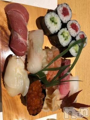 新潟駅前キャバクラCLUB 8(クラブエイト) りん(20)の10月8日写メブログ「お寿司?」