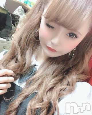 らら(20) 身長148cm。松本駅前キャバクラ club銀水(クラブギンスイ)在籍。
