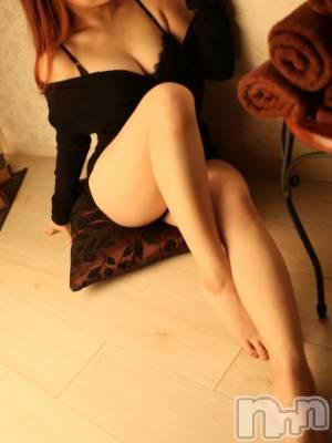 紫乃(20) 身長148cm、スリーサイズB148(C).W56.H83。新潟メンズエステ GRACE 新潟(グレース ニイガタ)在籍。
