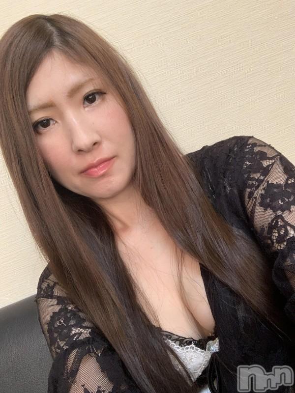 伊那ピンサロLa Fantasista(ラ・ファンタジスタ) みわ(28)の2019年12月3日写メブログ「ぉはょーございます♡」