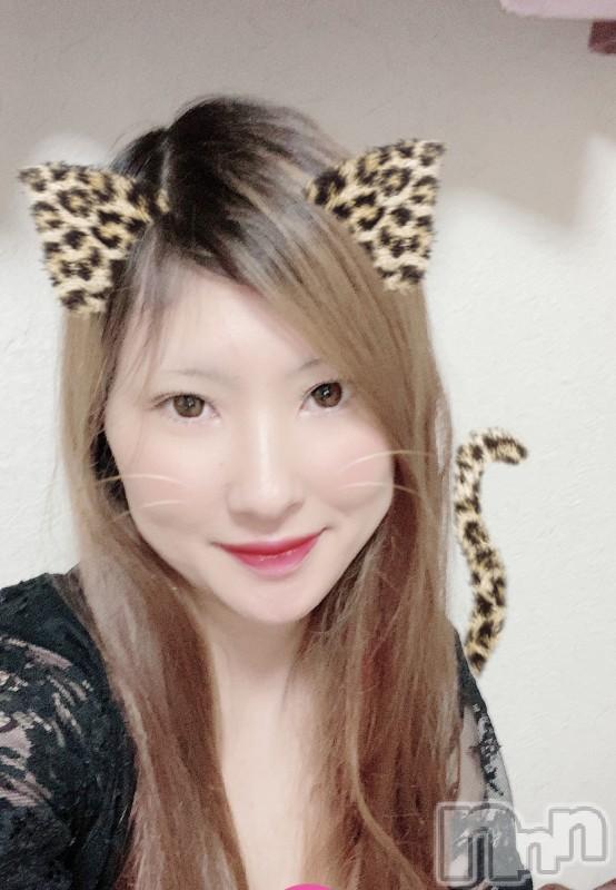 伊那ピンサロLa Fantasista(ラ・ファンタジスタ) みわ(28)の2020年10月17日写メブログ「d(`・ω´・+)コンバンワッ★」