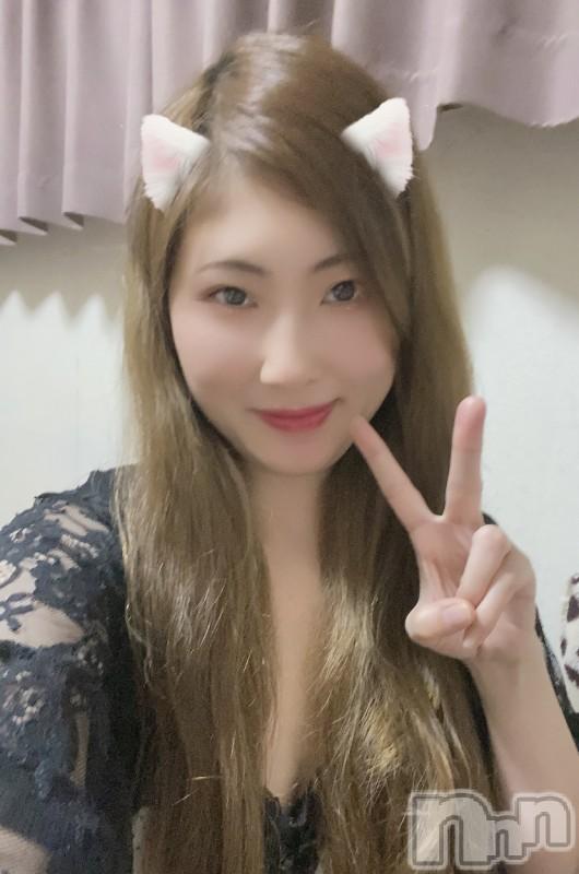 伊那ピンサロLa Fantasista(ラ・ファンタジスタ) みわ(28)の2021年7月12日写メブログ「🌸(*´▽`*)🌸コンニチワ!」