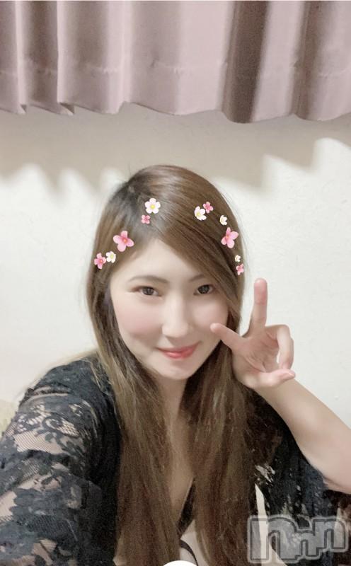 伊那ピンサロLa Fantasista(ラ・ファンタジスタ) みわ(28)の2021年7月22日写メブログ「🌸(*´▽`*)🌸コンニチワ!」
