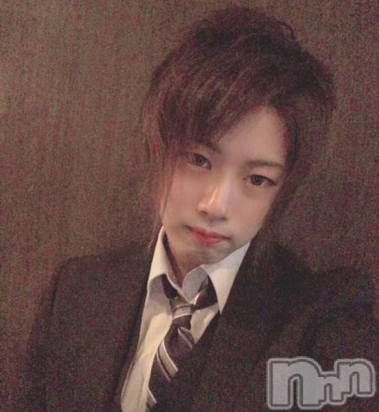 古町ホスト・ボーイズバー千夜一夜(センヤイチヤ) アヤトの11月10日写メブログ「髪染めました!」