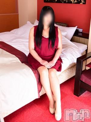 ゆず(47) 身長162cm、スリーサイズB98(F).W70.H92。長野人妻デリヘル 閨(ネヤ)在籍。