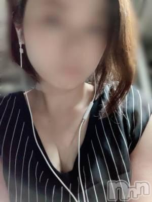 新潟メンズエステ 癒々・匠(ユユ・タクミ) のん(29)の1月4日写メブログ「お誘い待ってますー」