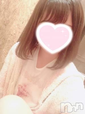 新人ありさちゃん(19) 身長162cm、スリーサイズB84(C).W56.H82。新潟手コキ sleepy girl在籍。