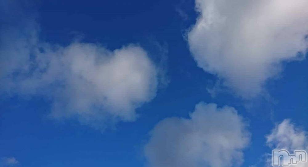 伊那デリヘルピーチガール ゆか(48)の3月13日写メブログ「空ーーっ♪」