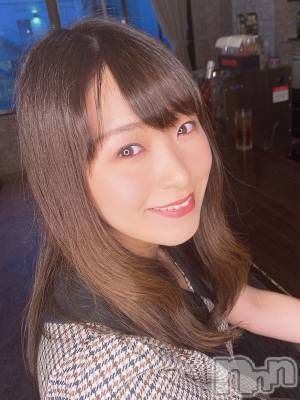 みちる(29) 身長160cm。新潟駅前ガールズバー Girls Bar Bacchus新潟駅前店(バッカスエキマエテン)在籍。