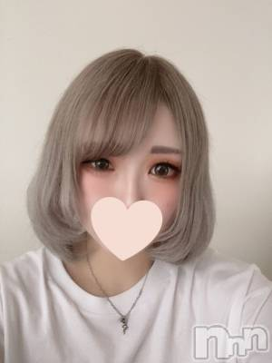 みちる☆S級美少女(20) 身長158cm、スリーサイズB88(F).W56.H87。松本デリヘル Revolution(レボリューション)在籍。