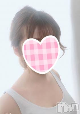 新人あこちゃん(19) 身長159cm、スリーサイズB87(E).W56.H84。新潟手コキ sleepy girl(スリーピーガール)在籍。