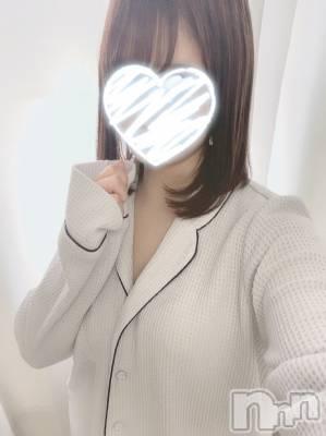 しおりちゃん(20) 身長151cm、スリーサイズB82(C).W55.H84。新潟手コキ sleepy girl在籍。