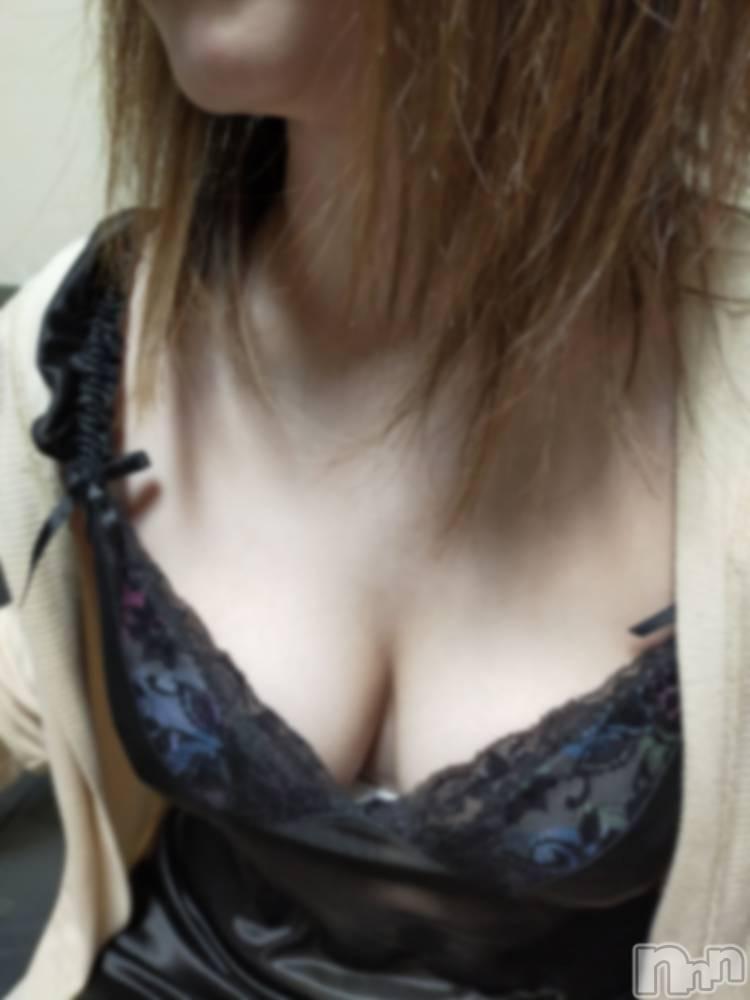 伊那ピンサロLa Fantasista(ラ・ファンタジスタ) かれん(25)の1月7日写メブログ「出勤しました~🥰」