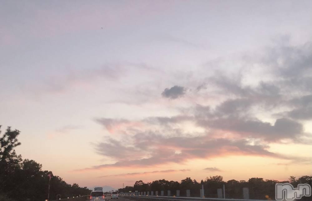 上越デリヘル妖美な天使と女神(ヨウビナテンシトメガミ) 【新人】きほ(24)の10月16日写メブログ「金曜日~♡」