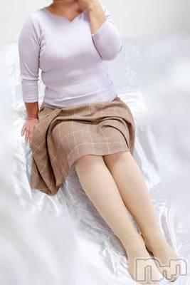 理恵お姉さん(41) 身長155cm、スリーサイズB100(F).W90.H93。松本ぽっちゃり ぽっちゃりお姉さん専門 ポチャ女子(ポッチャリオネエサンセンモンポチャジョシ)在籍。